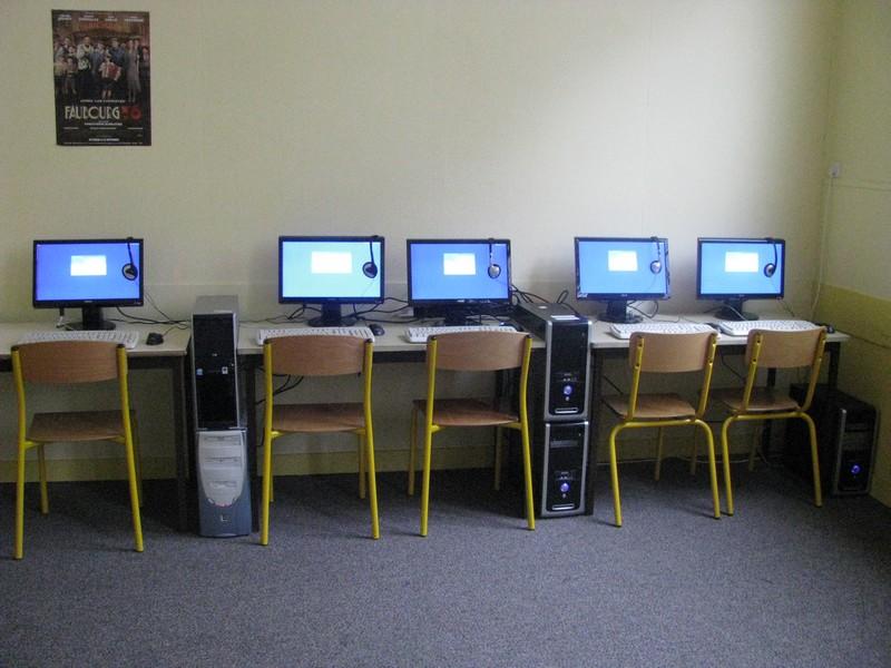 le-point-dorgue-informatique-en-salle-de-musique.jpg