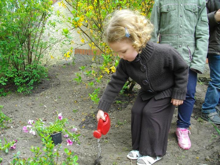 les-jardiniers-de-la-maternelle.JPG