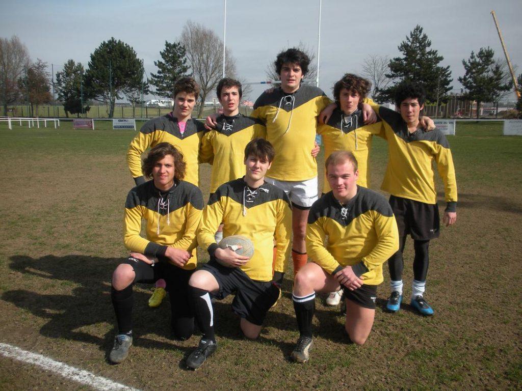 lquipe-de-rugby-juniors-mdaille-dor.JPG