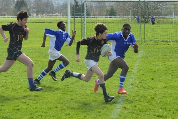 nouvelles-de-lquipe-de-rugby-minimes.JPG