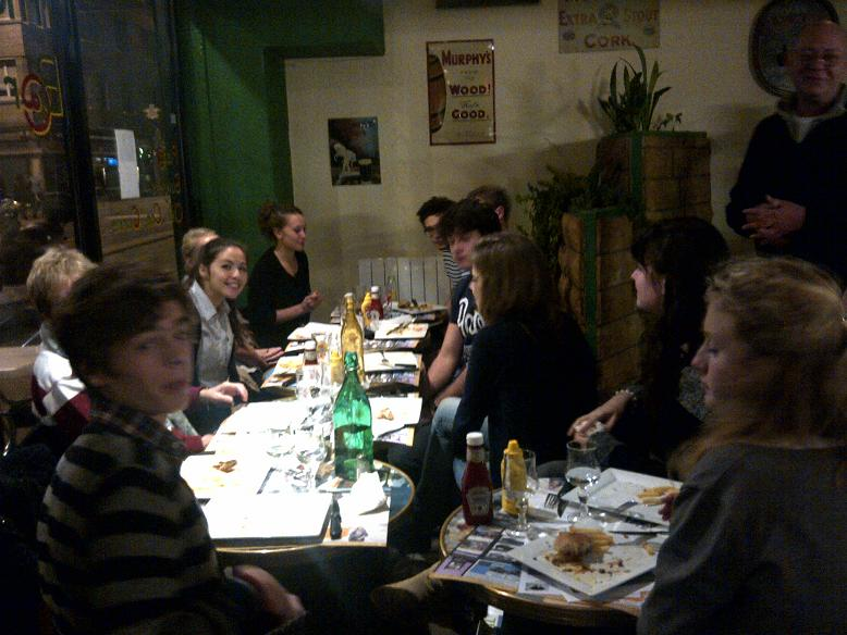 sortie-cin-restaurant-pour-les-lves-euro-de-terminale.jpg