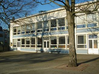 une-grande-nouvelle-la-maternelle-et-le-primaire-seront-39-rue-de-lavalasse-au-1er-septembre.JPG