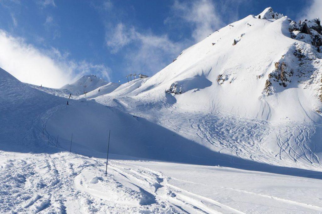 piste-de-ski-impressionnante_5454162